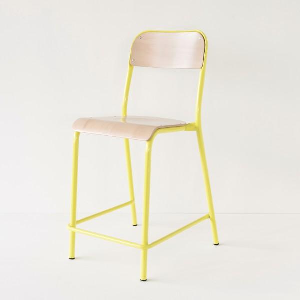 Chaise d 39 cole rehauss e jaune for Chaise cuir jaune