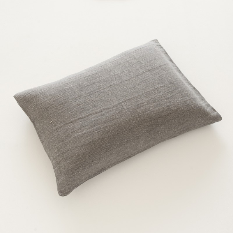 housse de coussin en lin natt zinc 50x70 100 made in france. Black Bedroom Furniture Sets. Home Design Ideas