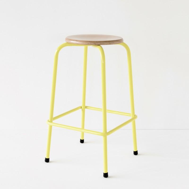 tabouret rond d 39 cole hauteur 70cm jaune. Black Bedroom Furniture Sets. Home Design Ideas