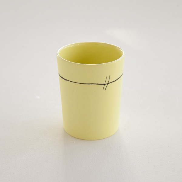 gobelet porcelaine mate jaune