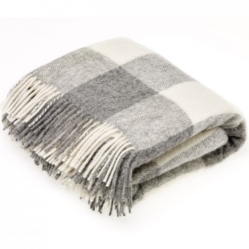 4a86a23b5c3d plaid laine naturelle damier gris. Loading zoom