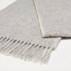châle en laine uni gris clair