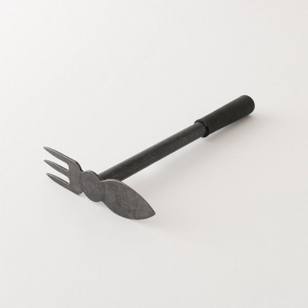 serfouette à main atout fer