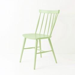 Chaise scandinave tilleul