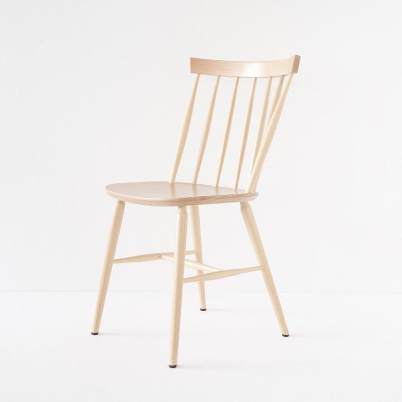 chaise scandinave barreaux en h tre courb cir e ou vernie incolore. Black Bedroom Furniture Sets. Home Design Ideas