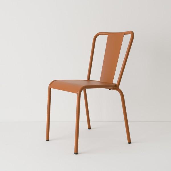 chaise de jardin métal caramel