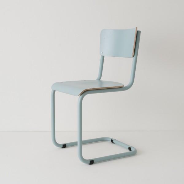 chaise cantilever tube + HPL coloris bleu pastel RAL-design 210 70 10
