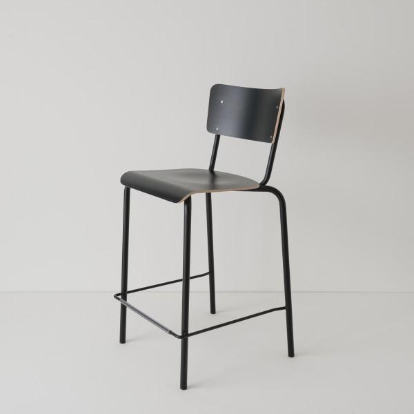 chaise haute 65cm en noir ton sur ton