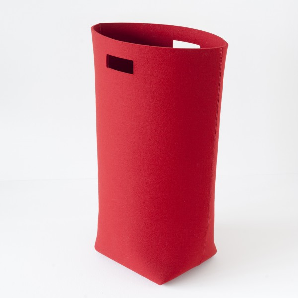 panier linge feutre rouge scandinave. Black Bedroom Furniture Sets. Home Design Ideas