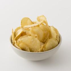 Chips artisanales Belsia au vinaigre et sel de l'ile de Ré en situation