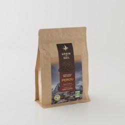 Café moulu bio du Pérou de chez Grain de Sail en paquet refermable de 250 g