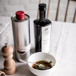 huile vinaigre poivre pour vinaigrette