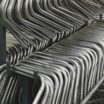 Tubes cintrés en forme pour la fabrication de nos chaises, bancs et tabourets d'école