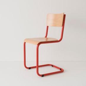 chaise et mobilier de cuisine en bois et hêtre