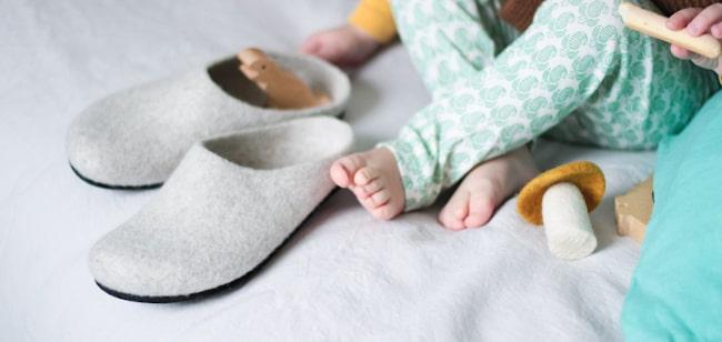 pantoufles en feutre naturel pour la maison