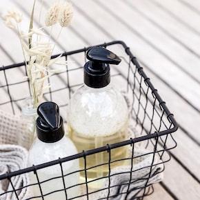 liquide vaisselle et produits d'entretien naturels pour la maison